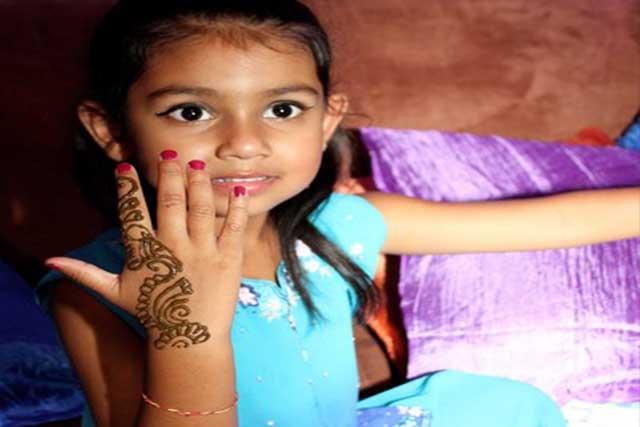 Mehndi Night_Hand Mehndi for kids